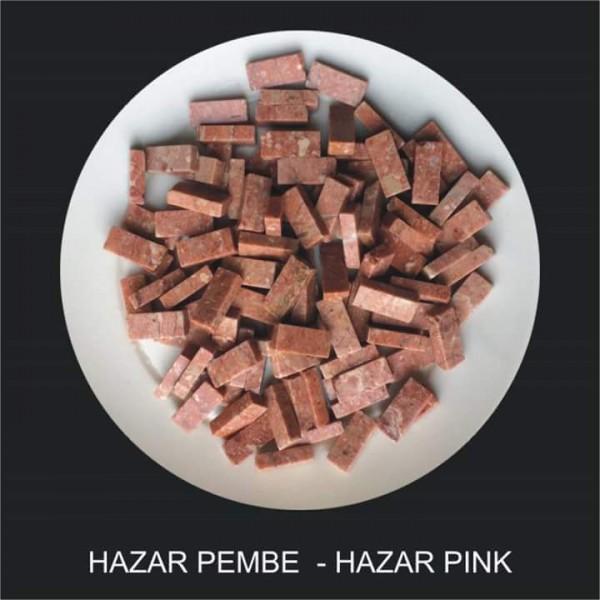 Hazar Pembe